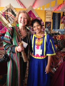 Karin Hazelkorn (TSA member) and Philippine weaver at her booth (2014) Photo: E. Phipps