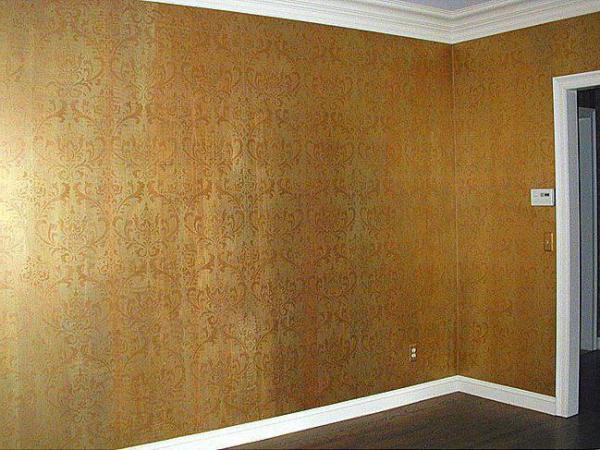 Декоративная краска с эффектом шелка для стен: как правильно наносить?