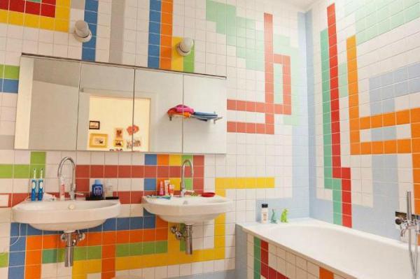 Керамическое панно в ванной: особенности и преимущества