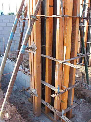 Опалубка для колонны: устройство, установка и виды. Доска для опалубки