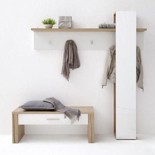 Прихожая «белый глянец»: особенности мебельных гарнитуров