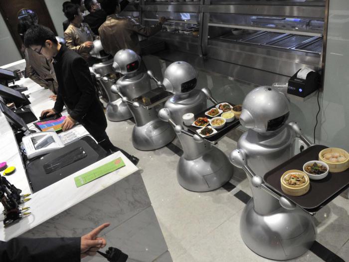 Интеллектуальные роботы могут лишить миллионы людей рабочих мест