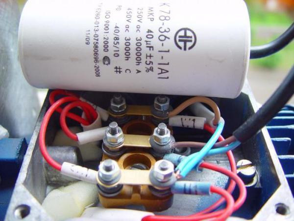 Подключение электродвигателя 380В к сети 220В при помощи конденсаторов и частотных преобразователей