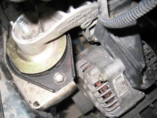 ВАЗ-2110, подушки двигателя: замена и диагностика своими руками