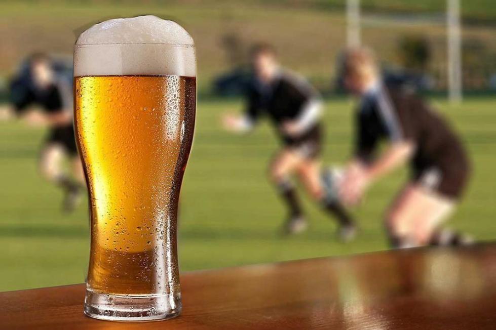Реклама пива к футбольному чемпионату