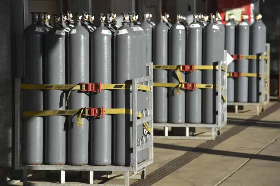 Баллоны с газом на производстве