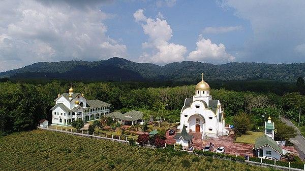Православный храм на Пухкете