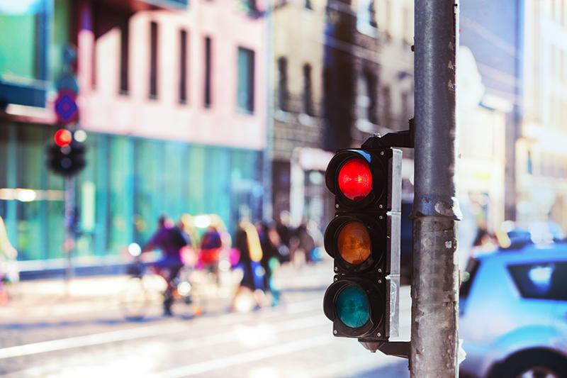 Светофор с красным светом
