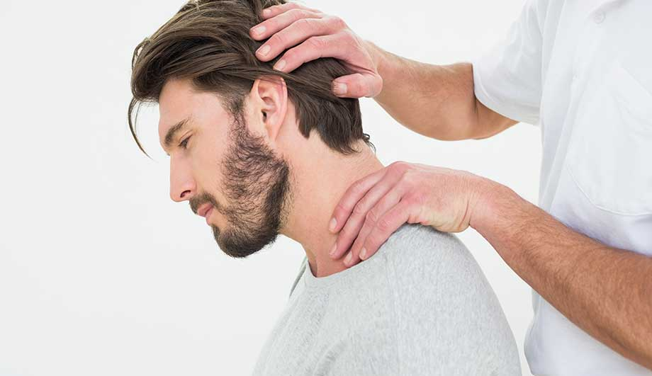 грыжа шейного позвоночника симптомы и лечение