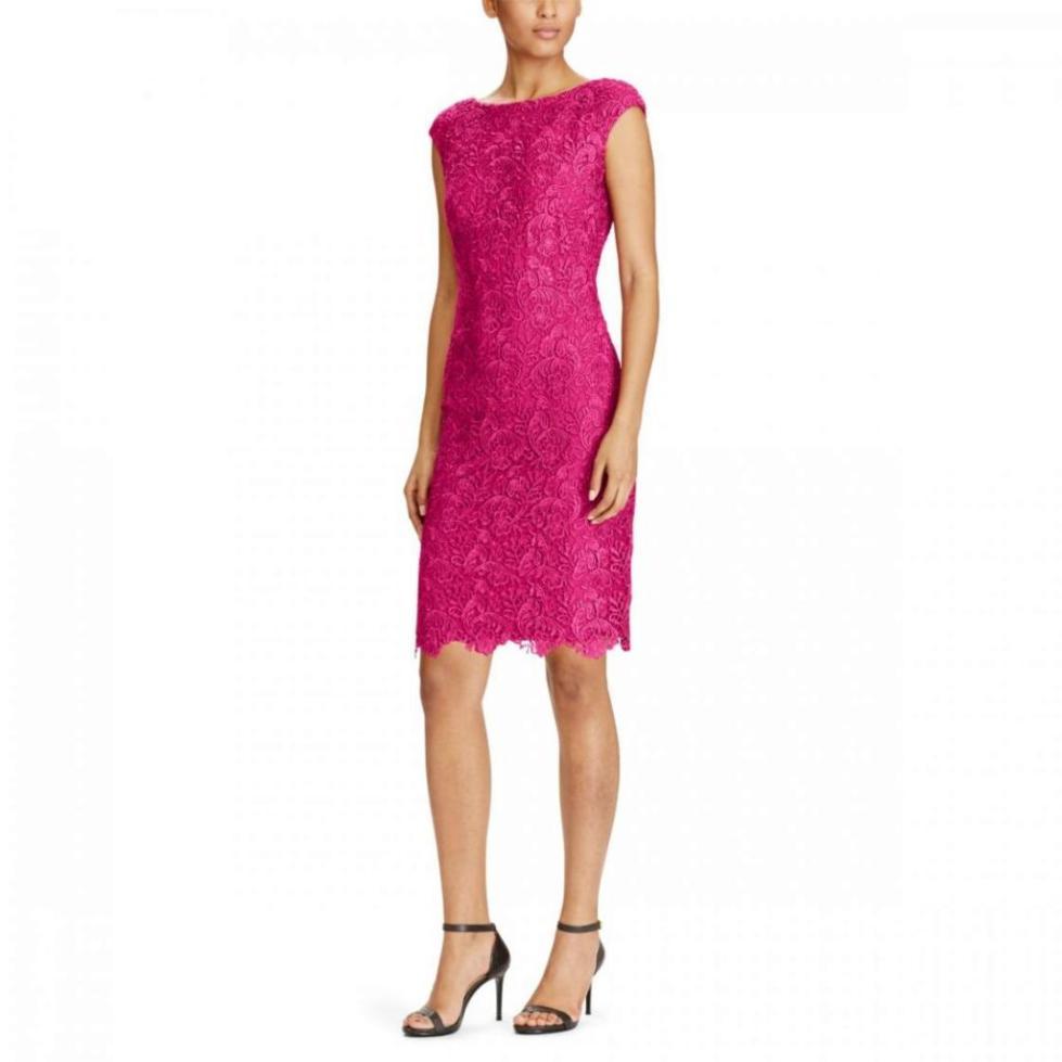 розовое вечернее платье-футляр