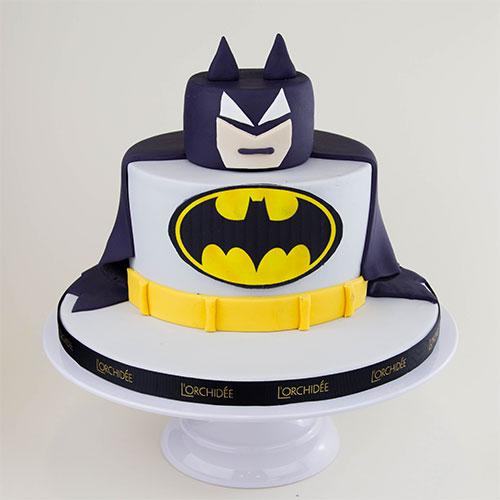Торт в форме Бэтмен