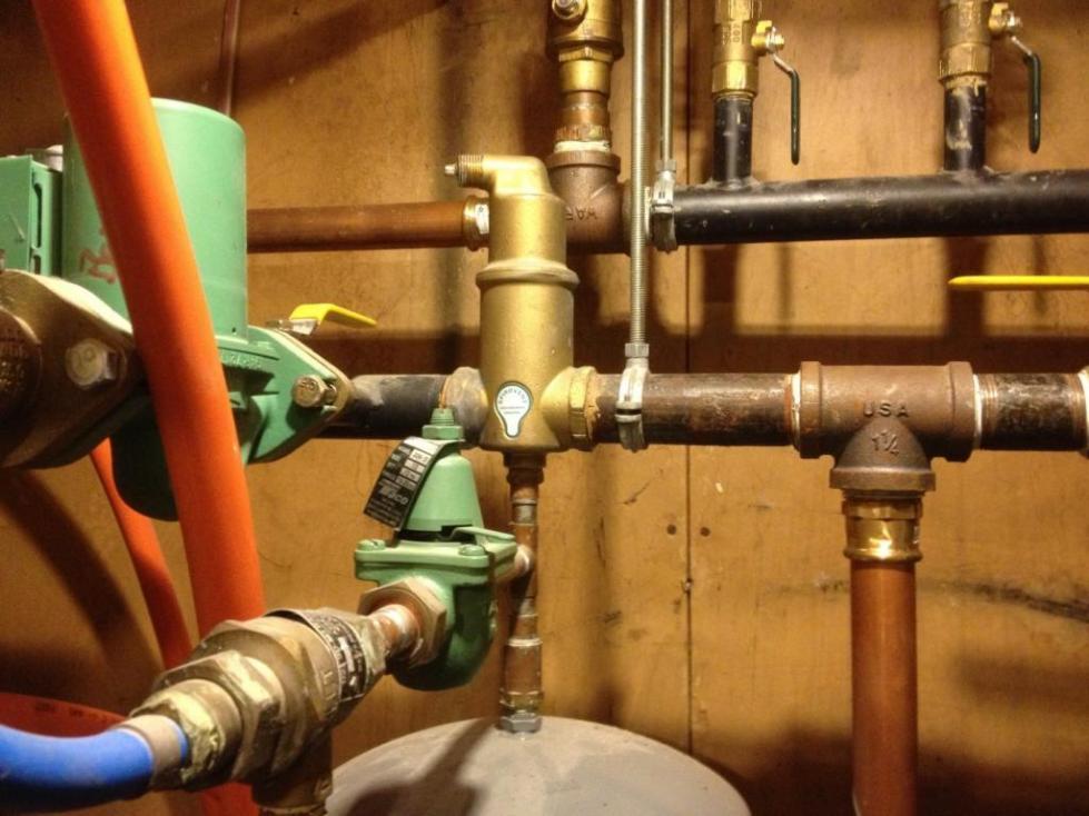Сбросник воздуха для системы отопления