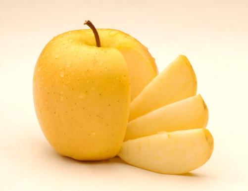 """сладкое яблоко сорт """"голдэн"""""""
