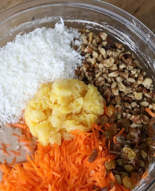 Ингредиенты для приготовления морковно-яблочного пирога без яиц