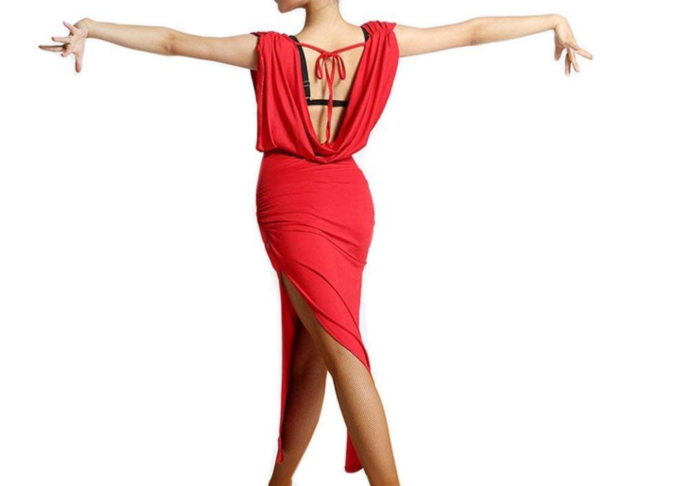 Красное платье для латиноамериканских танцев