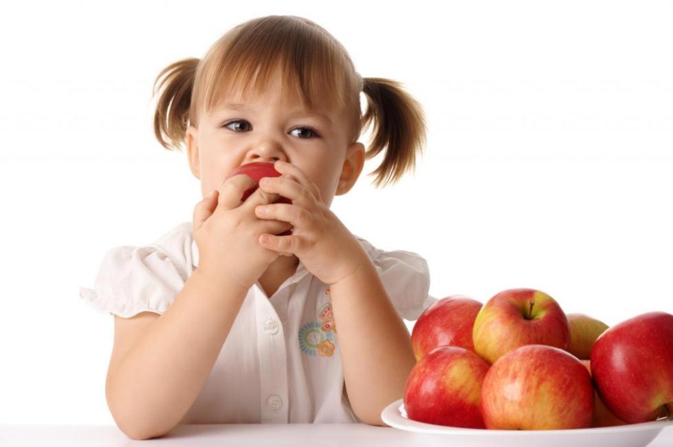 плохо пахнет изо рта у ребенка 4 года причины