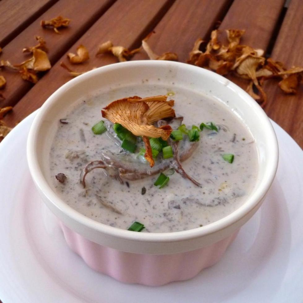 Грибной суп из лесных грибов замороженных