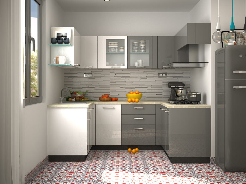 интерьер маленькой кухни с холодильником