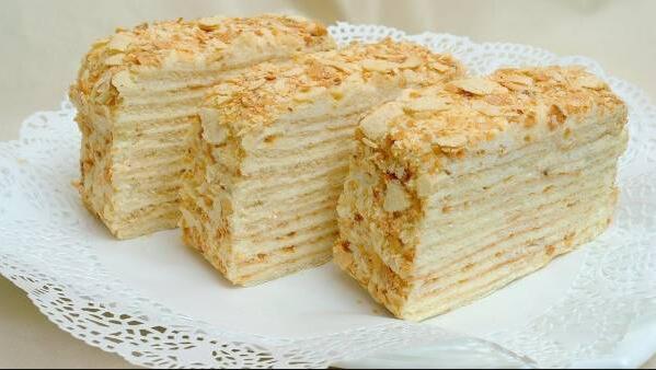 нежнейший слоеный торт