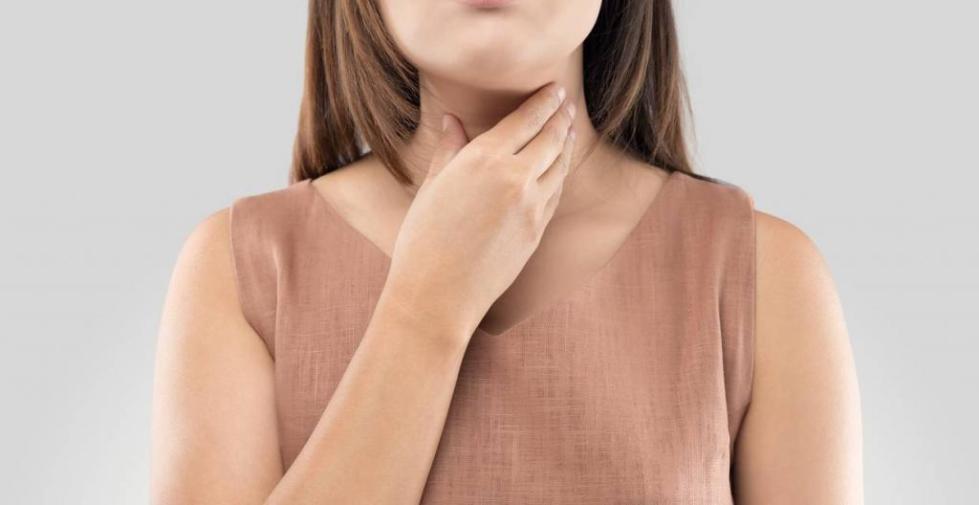 Боль в горле при кандидозе