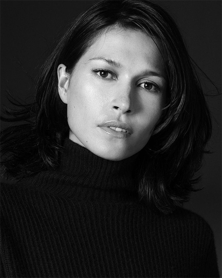 фото актрисы из Франции Карины Ломбард