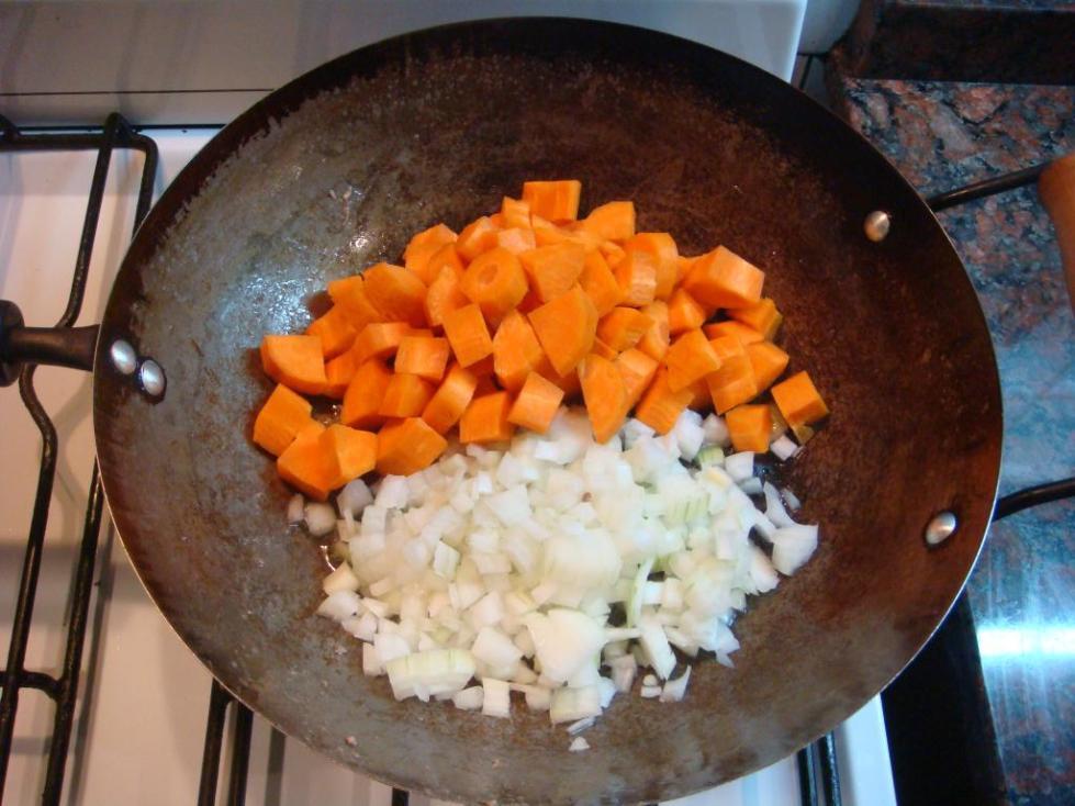Этапы приготовления супа с ячневой крупой