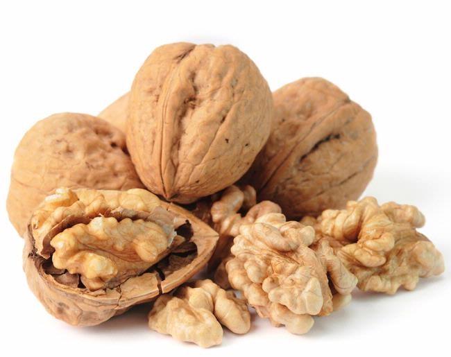 орехи в скорлупе