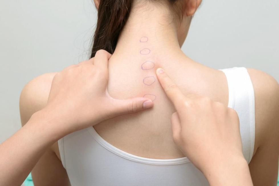 Боль в позвоночнике в области шеи
