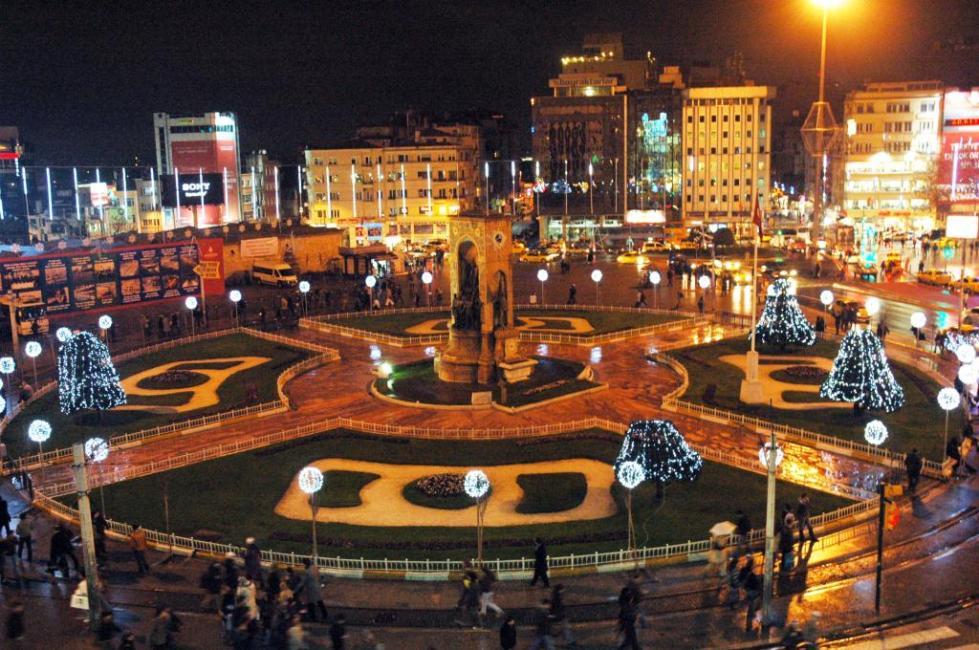 Новый Год на площади Таксим