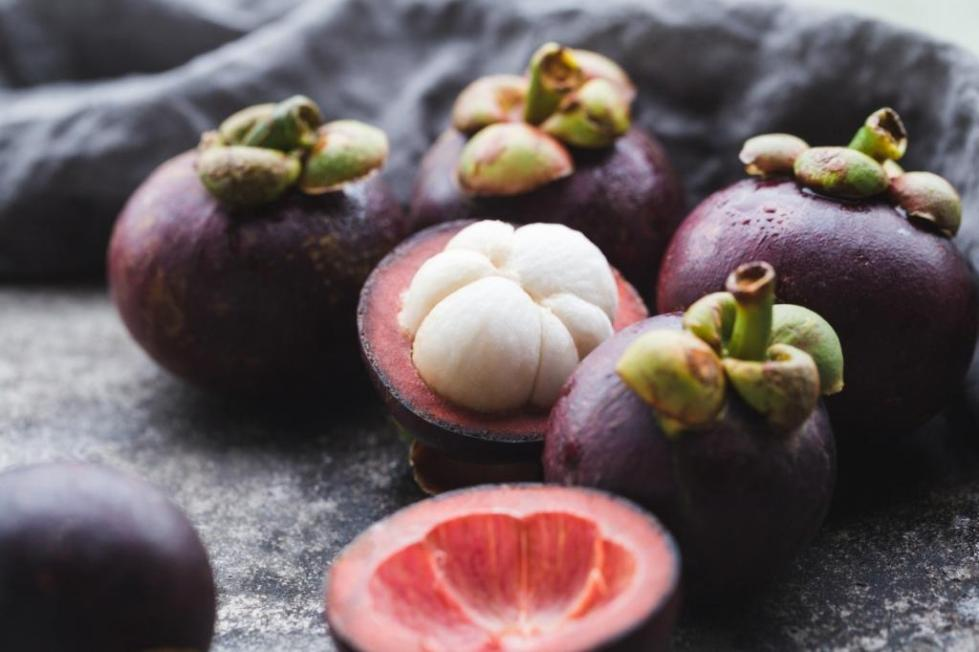 Китайский фрукт Мангостин