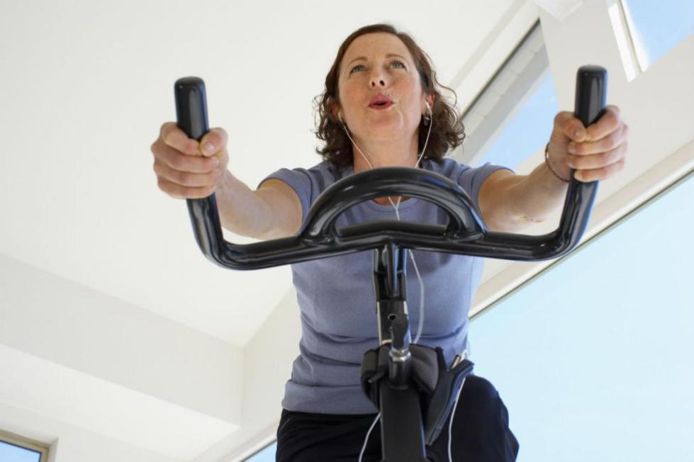 польза велотренажера для женщин отзывы