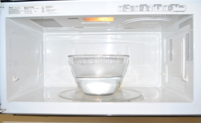 чистка микроволновки содой