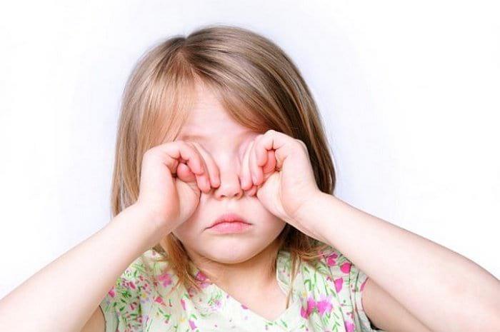 """Лечение синдрома сухого глаза у детей """"Офтальмофероном"""""""