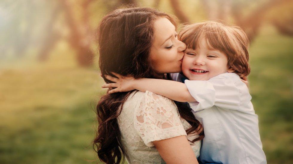 симбиотическая связь с матерью