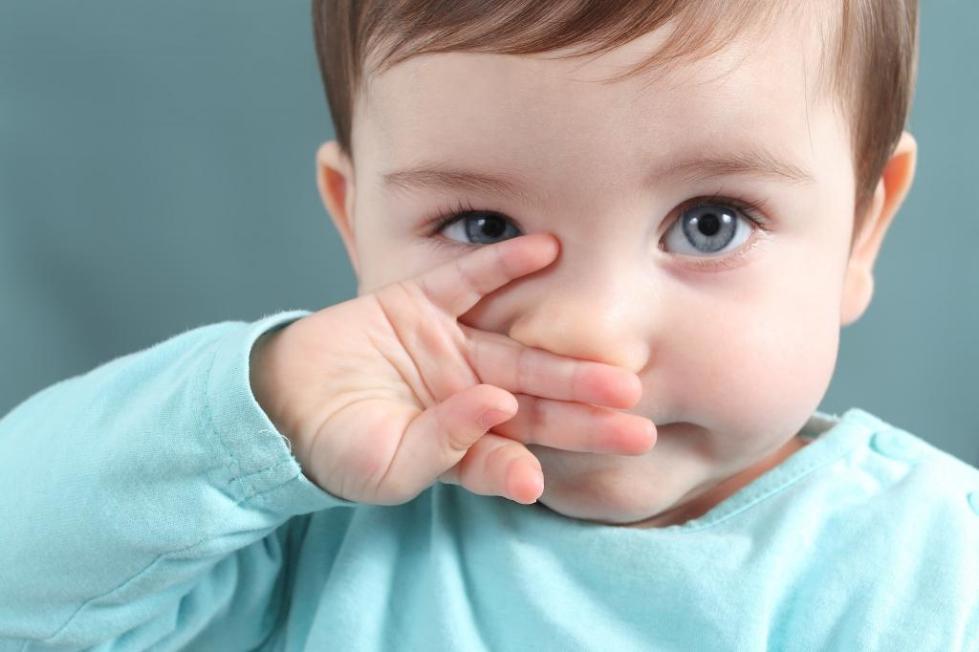 """Мирамистин"" в горло ребенку до года"