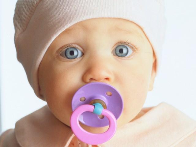 Сколько в норме должен есть новорожденный