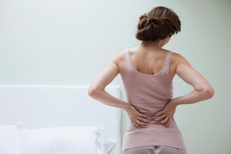 Боль в животе и спине