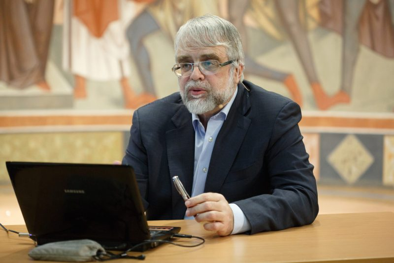 Михаил Георгиевич Селезнев