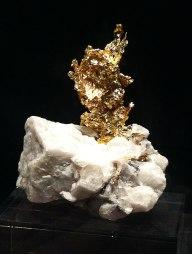 Gold auf Stein
