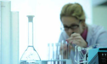 posgrado sobre materiales poliméricos a base de hidrogeles biocompatibles