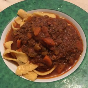 Sauce Bolognese mit Pasta Pappardelle Pomodoro