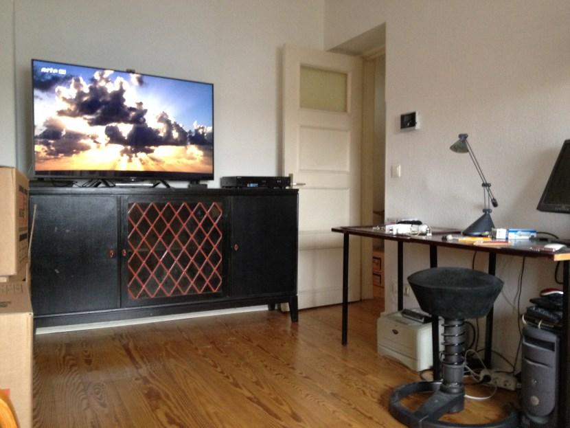 Wohnzimmer mit Blick auf den neuen Sony Bravia
