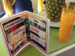 Passend zum Thema Essen & Trinken im Lesesaal: die beliebte Saftbar auf dem BibCamp