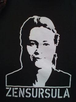 T-Shirt eines Teilnehmers der Hamburger Mahnwache: Zensursula