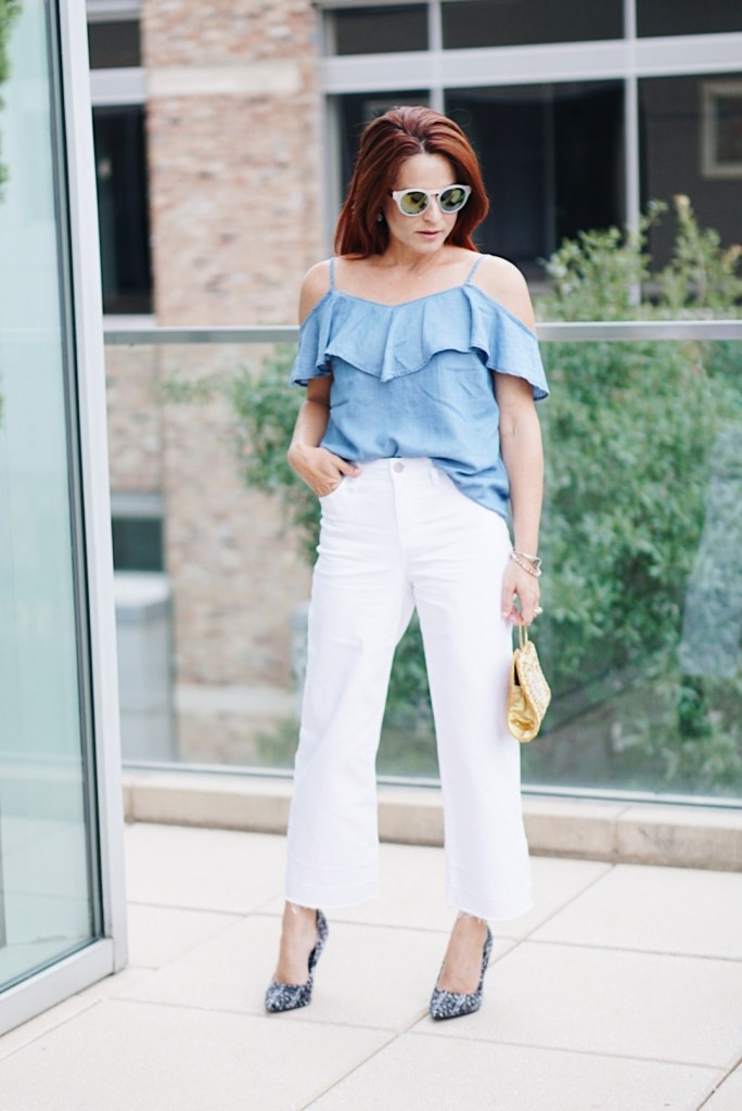 casual chic, summer top, casual chic oufit ideas, high waisted pants, white denim, hotel sorella, houston