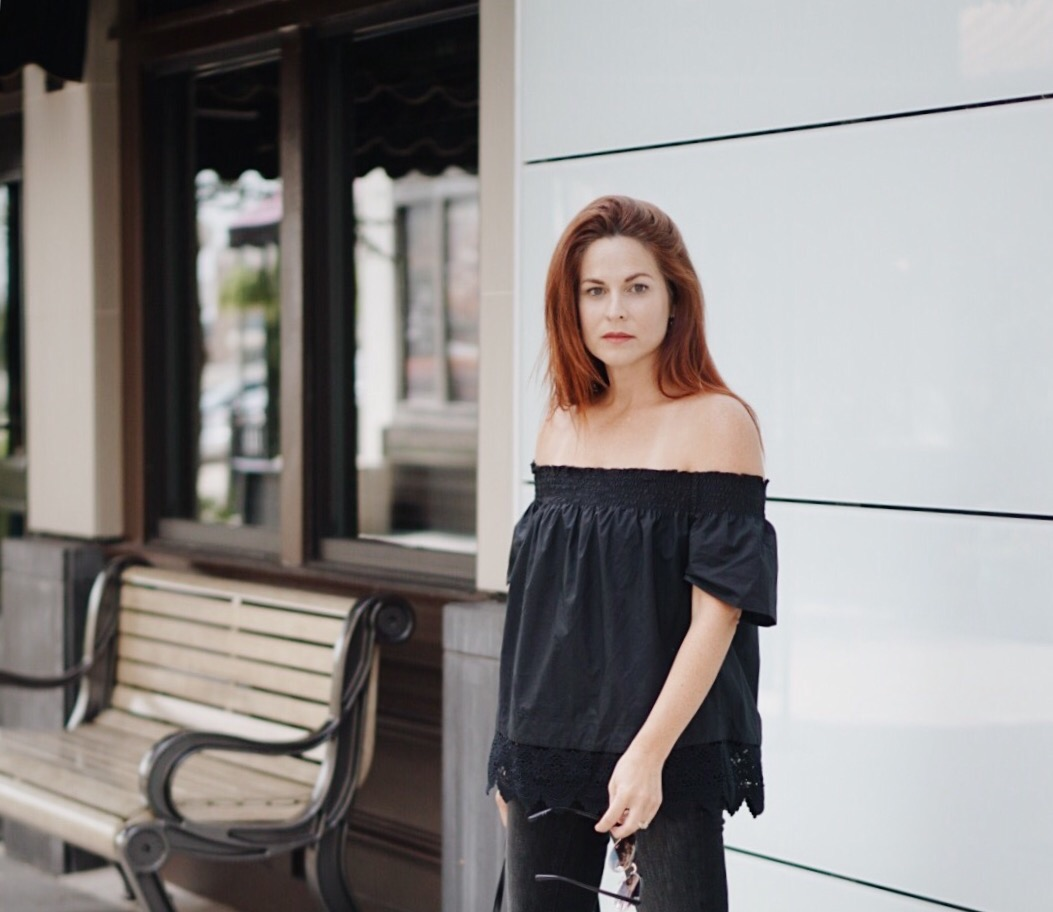 black peasant top, off the shoulder shirt, red hair, casual chic, effortless look