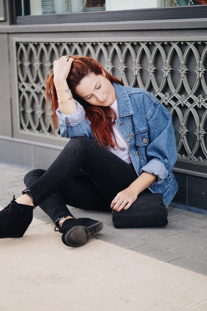 blogiversary, how blogging has changed my life, one year blogging, blogging, star shirt, oversized denim jacket, jean jacket, black skinny jeans, target, bill blass, black wedges, wedges, wool handbag, who knew, red hair, blogger, impacts of blogging