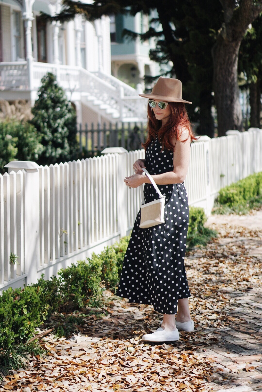 straw bags, polka dot outfit, black and white dress, dresses with sneakers, brown hat