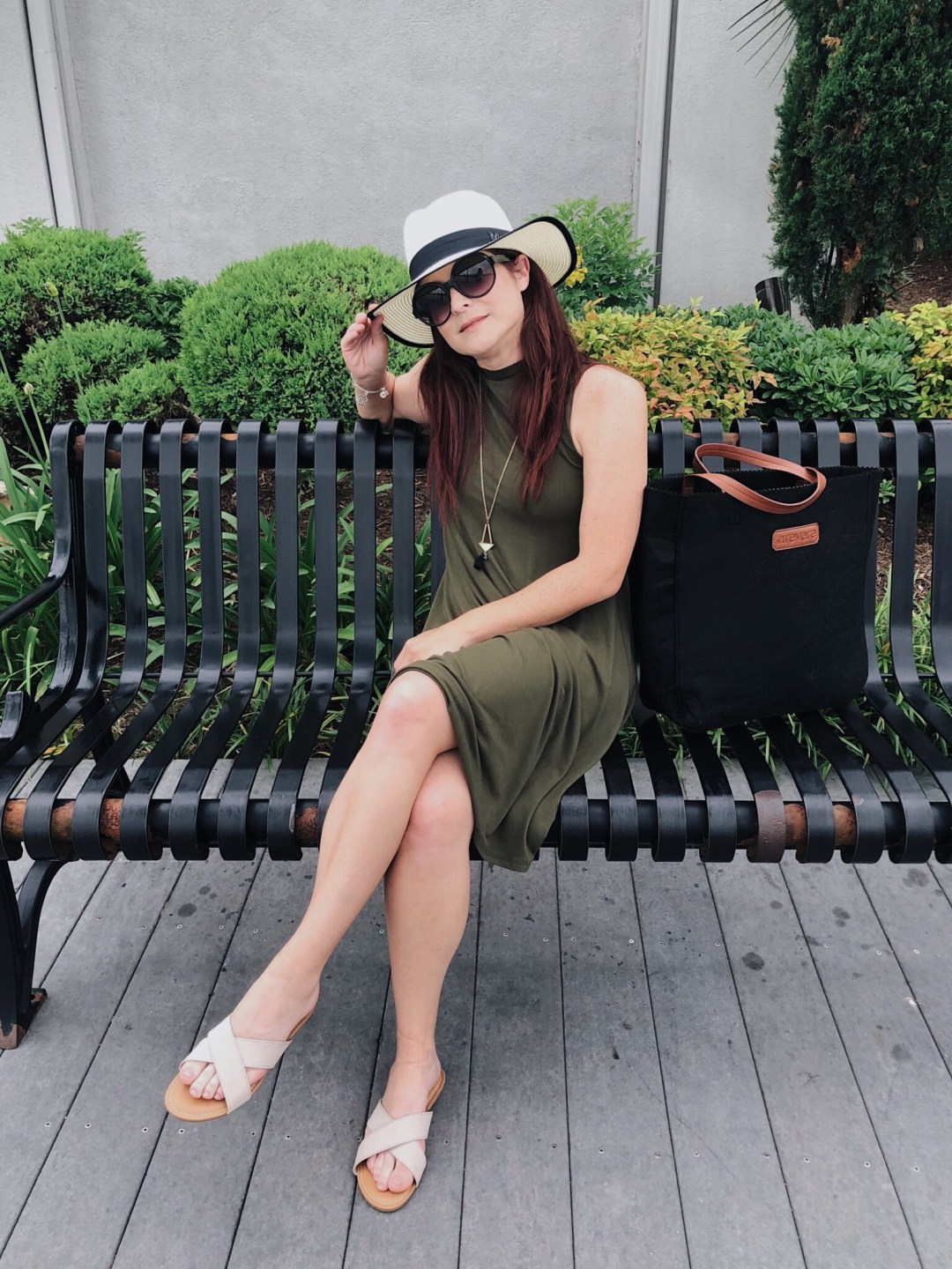 swing dresses, minimal style, black tote bag, beige cross sandals, round black sunglasses, sun hats, prepping for Europe