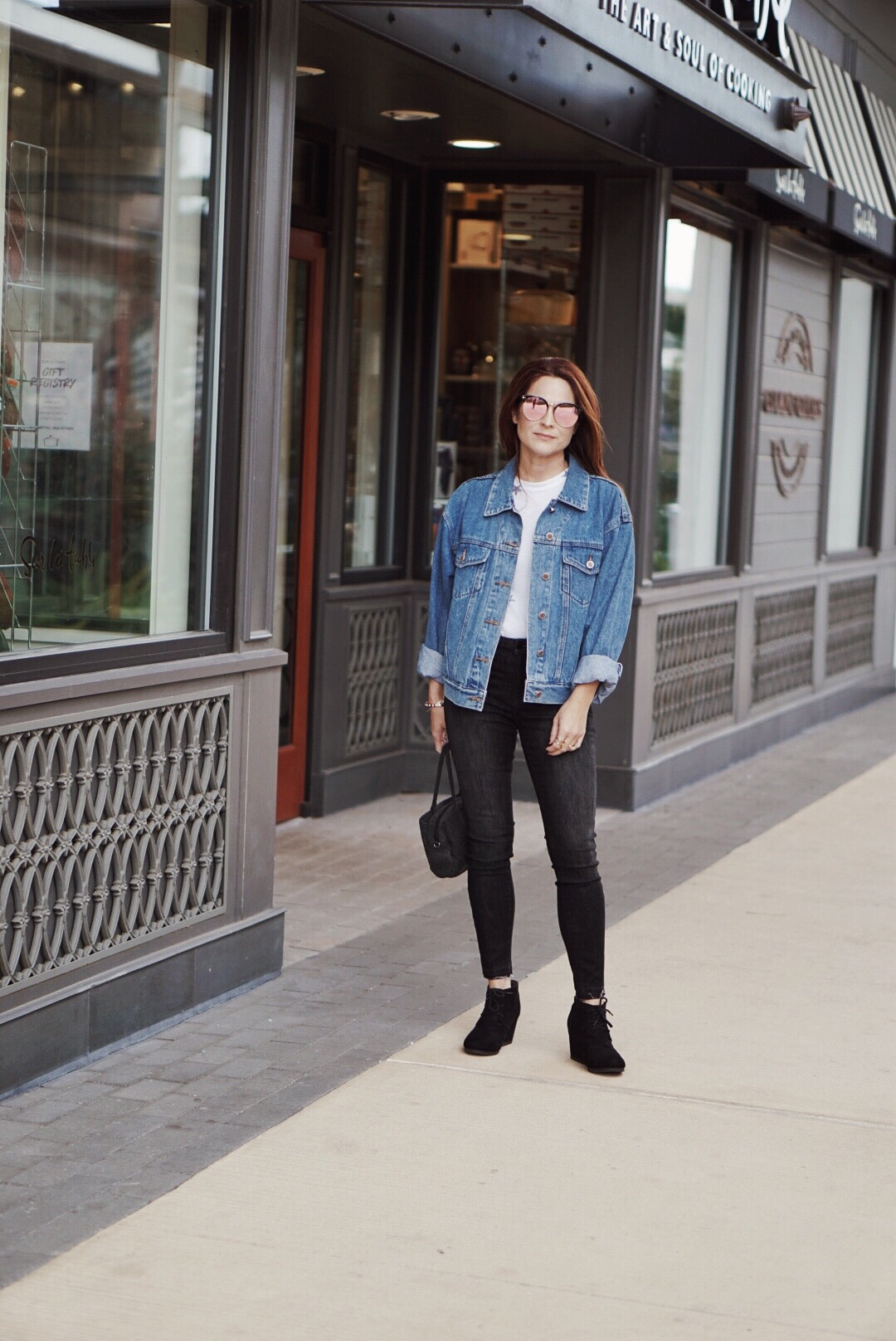 denim on denim inspiration, denim on denim outfit combinations, black skinny jeans, black wedges, bill bass jean jacket, jean jack outfit ideas